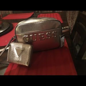 Authentic guess handbag and matching wallet